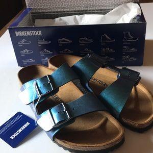 Ladies Birkenstock's size 9 blue gemm sandals